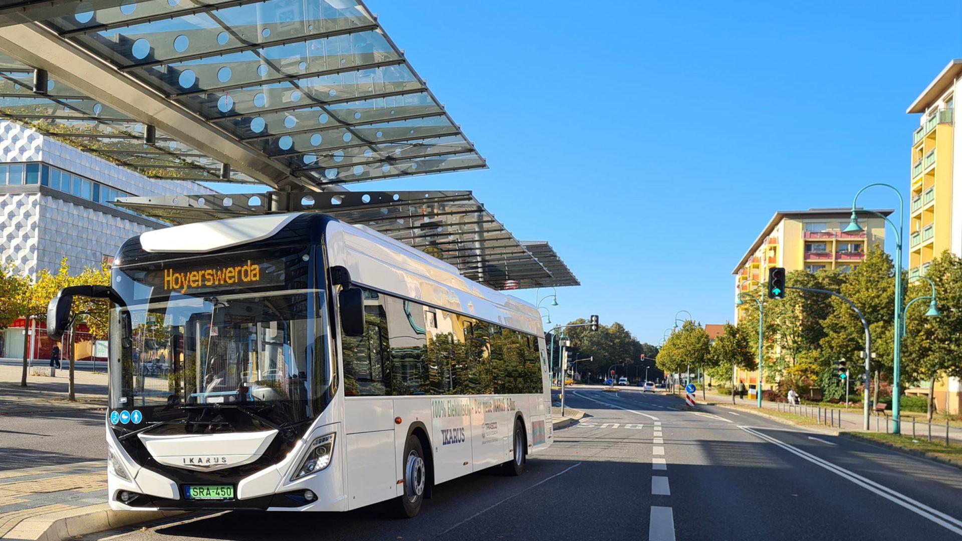 Elektro-Ikarus am Lausitzer Platz